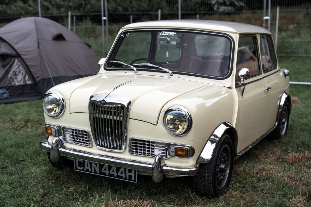 Riley-Elf-CAN-444-H-1024x683