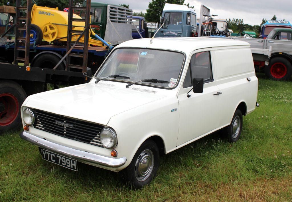 Bedford-HA-Van-YTC-799-H-1024x708
