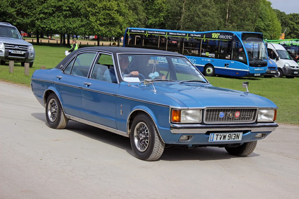 Ford-Granada-Mk1-Ghia-TVW-913N-1024x682