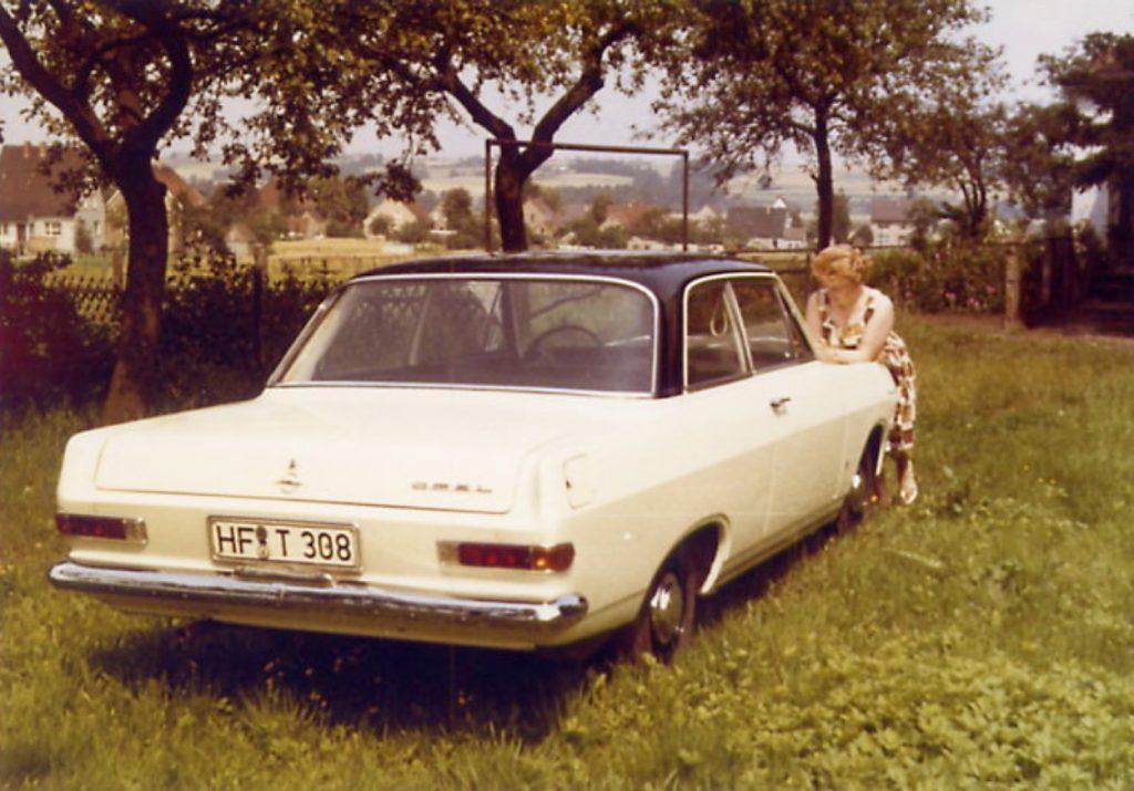 Opel-Rekord-A-2-Door-1964HF-T-308-1024x715