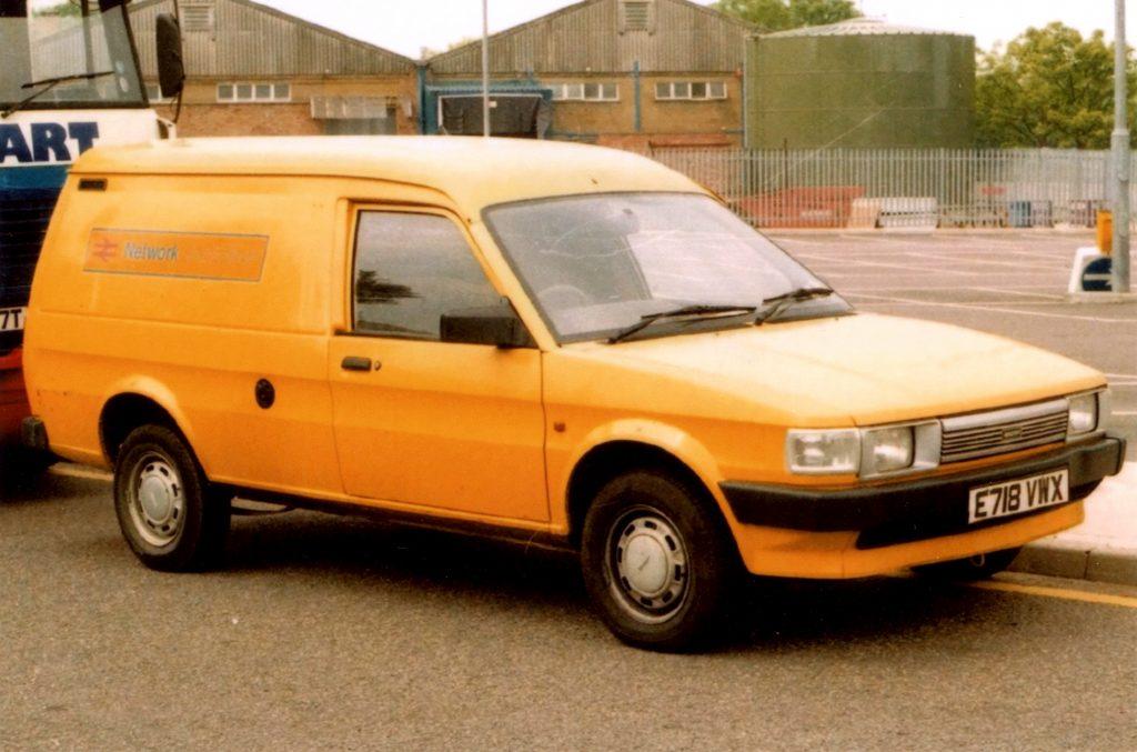 Austin-Maestro-Van-E-718-VWX-1024x677