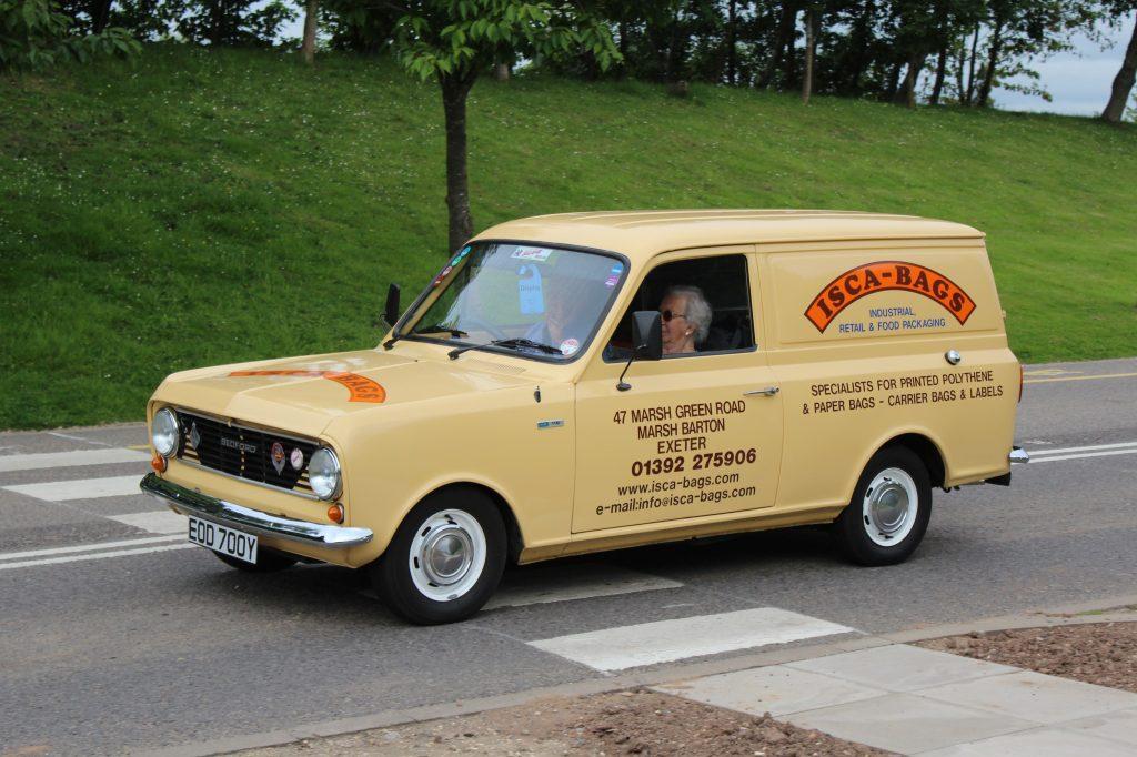 Bedford-HA-Van-EOD-700-Y-1024x682