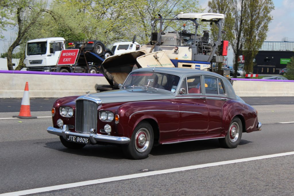 Bentley-S3-JTE-690-B-1024x682