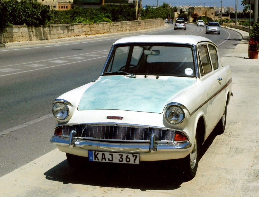 Ford-Anglia-105E-KAJ-367-1024x777