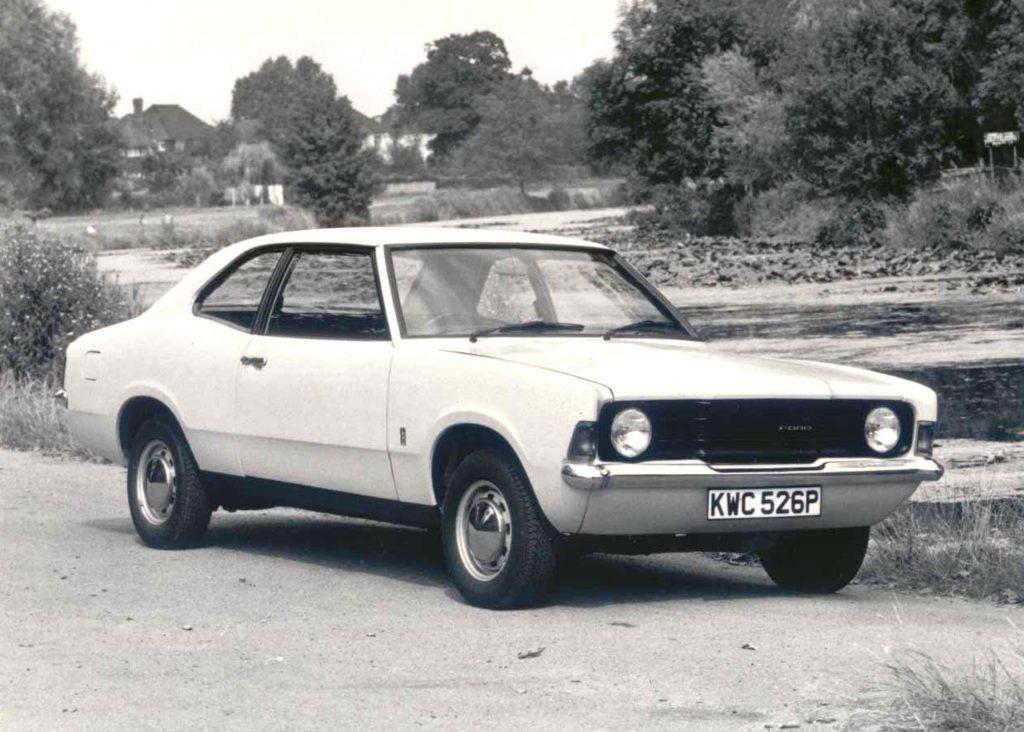 Ford-Cortina-Mk3-1300-1024x732