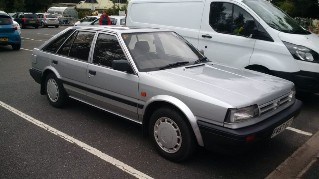Nissan-Bluebird-T72-1.6LX-5-Door-Hatchback-F-457-ECY-1-1024x576
