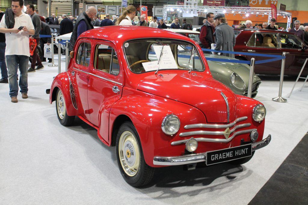 Renault-4cv-1024x683