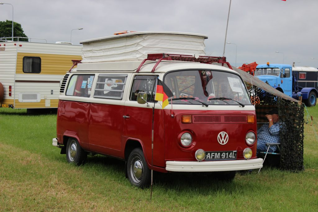 Volkswagen-T2-Camper-Van-AFM-914-L-1024x683