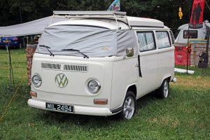Volkswagen T2 Camper Van – MIL 2494 (Copyright ERF Mania)