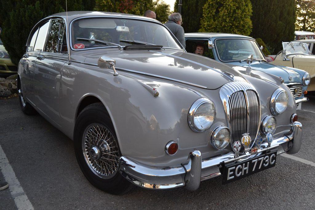 Daimler-2.5-V8-1965-ECH-773C-1024x683