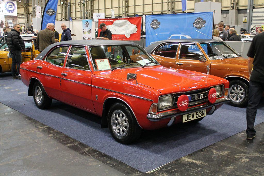 Ford-Cortina-Mk3-2000E-JEV-53-N-1024x683