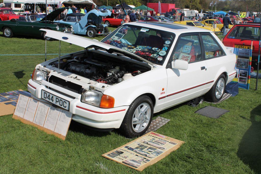 Ford-Escort-Mk4-XR3i-D-44-POCFord-XR3-1024x683