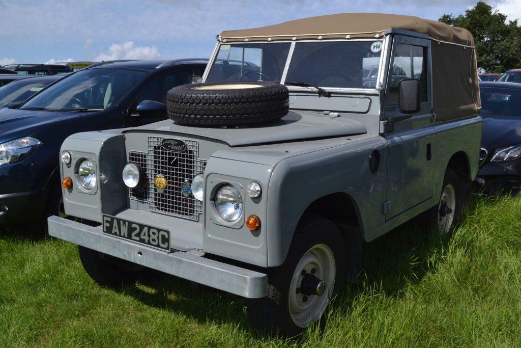 Land-Rover-Series-III-FAW-248C-1024x683