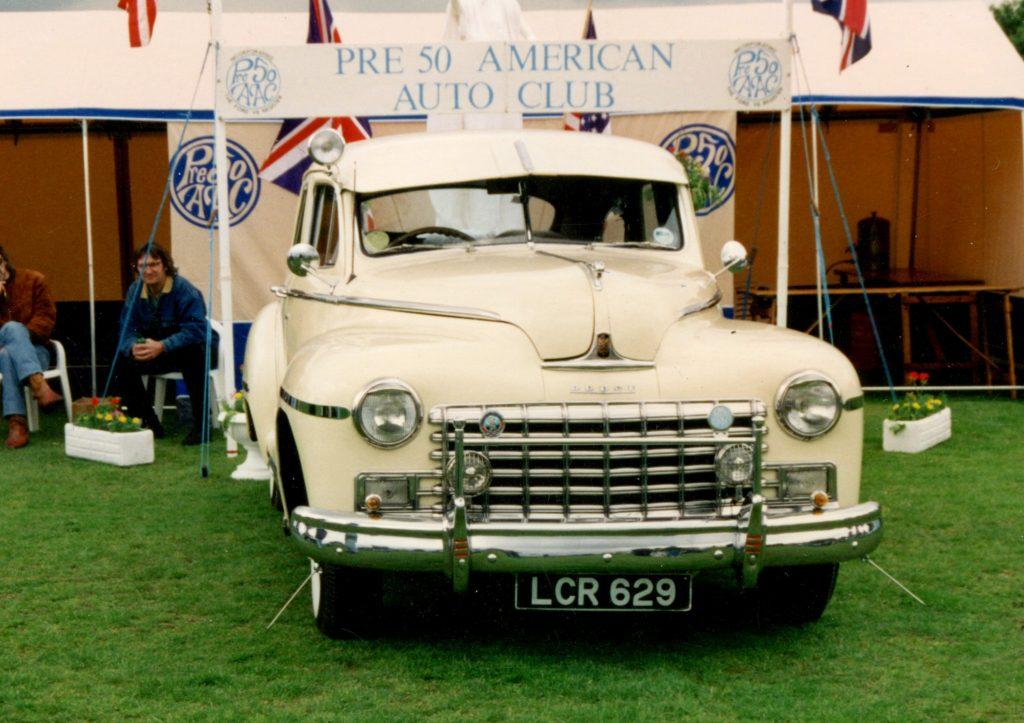 Dodge-Custom-4-Door-Sedan-1946LCR-629-1024x723